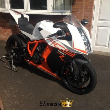 THE CARBON KING KTM RC8R 2012 ONWARDS CARBON FIBRE FRONT MUDGUARD FENDER FIBER