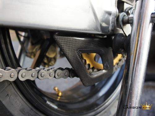 THE CARBON KING APRILIA RSV4 & TUONO V4 CARBON FIBRE LOWER CHAIN GUARD TOE TRIM