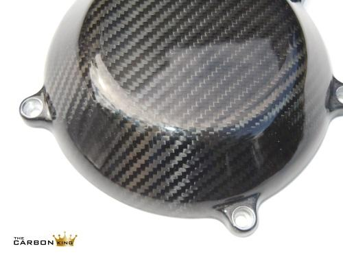 close-up-of-dry-clutch-cover-for-ducati-in-twill-carbon.jpg