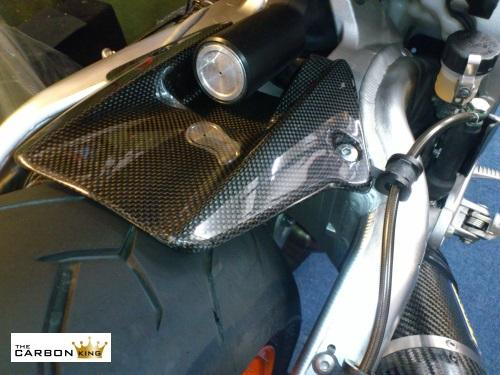 honda-cbr1000rr-carbon-fiber-rear-hugger-fitted.jpg