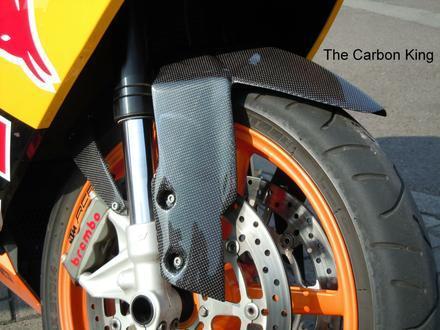 ktm-rc8-carbon-fibre-front-mudguard-fitted.jpg