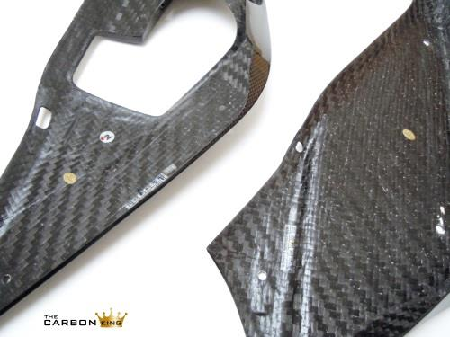 underside-of-yamaha-yzfr125-belly-pans-in-carbon.jpg