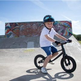 KIDDIMOTO KARBON BALANCE BIKE 'THE WORLDS LIGHTEST BALANCE BIKE' IN CARBON FIBRE