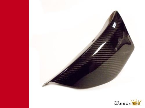 ducati-748-916-996-998-carbon-swingarm-cover-in-twill-gloss-weave.jpg