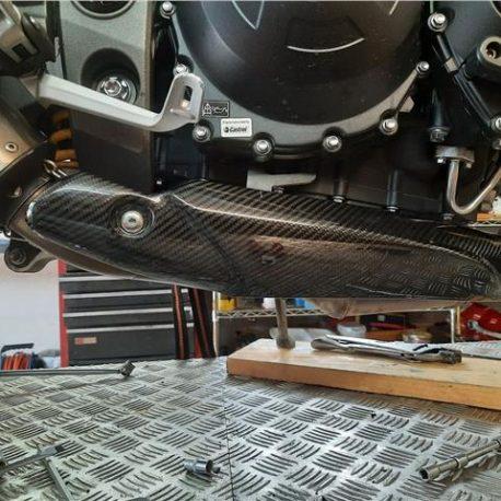 triumph-speed-triple-1050-rs-heat-shield-fitted.jpg